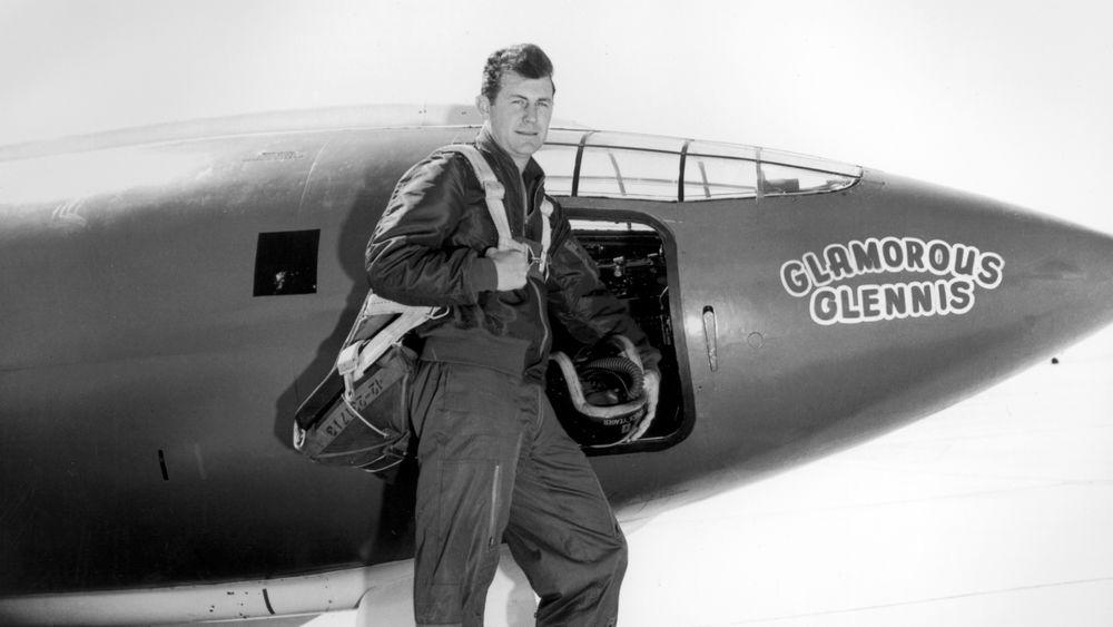 Testflyger Chuck Yeager og rekordflyet oppkalt etter hans kone.