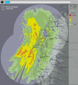 Radarblikk på nedbør: Her ser vi hvordan to værradarer registrerer hvordan nedbøren forflytter seg. Radarekkoet sin viser hvor det er nedbør kommer fra nedbørpartiklene og vises som en animasjon over et par timer.