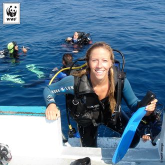 Dykkeglad: - Jeg vil alltid dykke i feriene. Her fra en jentetur til Korsika for mange år siden.