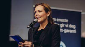 Kulturminister Linda Hofstad Helleland – her avbildet under åpningen av Telenorliga-sluttspillet på SpillExpo i 2016.