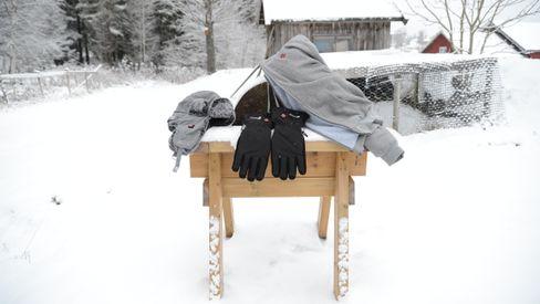 Varme klær hjelper deg komme igjennom kalde tider på en enkel måte.