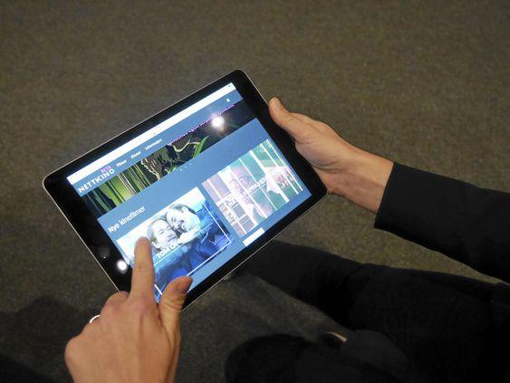 APP, APP, APP! SE PÅ DETTE: Slik ser den nye strømme-appen ut på en iPad. Den er tilgjengelig på flere plattformer.