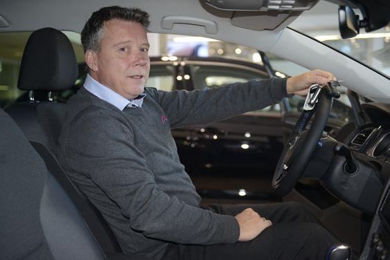 FLINKE BILEIERE: – Mange er flinke med bilene sine i Oppegård, sier Atle Olafsen, markedssjef hos Autoria.