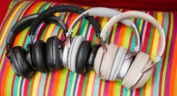 Gigantene går til strid: De aller beste hodetelefonene med aktiv støydemping