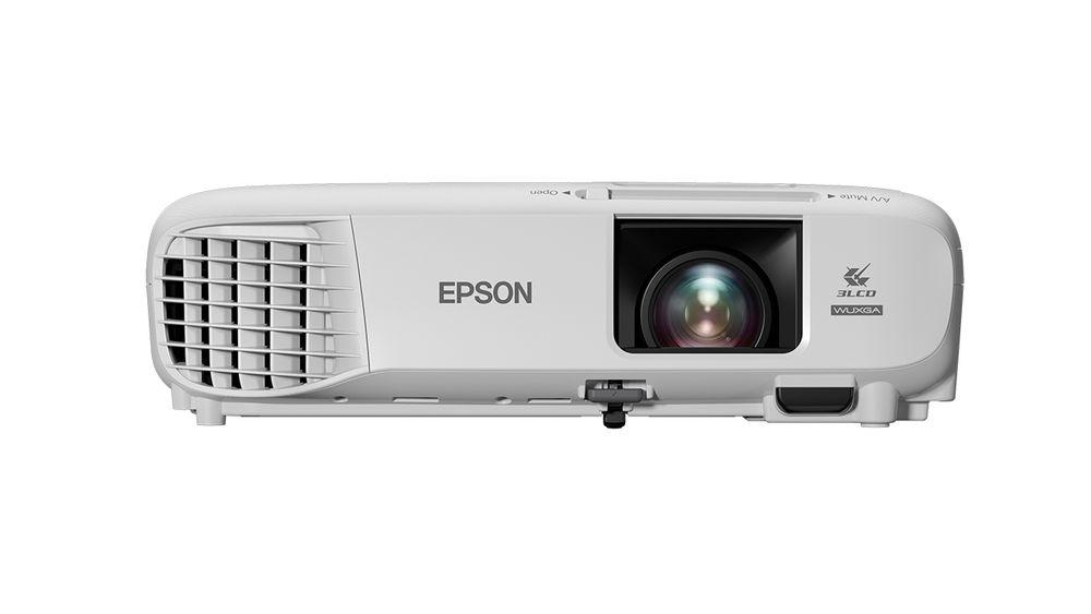 I luke 12 ligger det en projektor fra Epson.