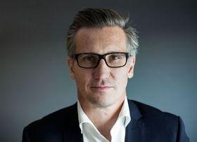 Bjørn Erik Thon, direktør i datatilsynet, sier det er tydelig at Gator AS har dårlig kontroll over hvor dataen fra klokkene sendes.