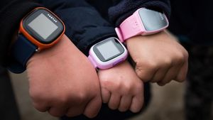 Smart%20watches%20on%20childrens%20arms%