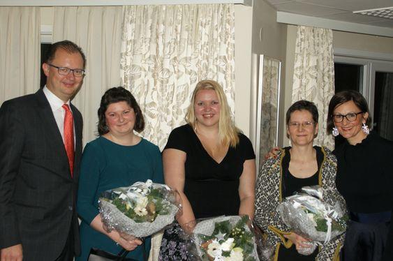 TOK FAGBREV: Fra venstre: Hans E. Utne, Christine Fawcett, Astrid Krogstad, Anke Kern og Barbara Zanoni Utne.