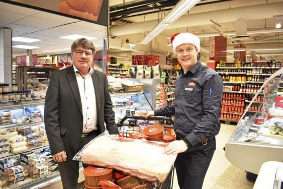 JULEGLEDE: Weserlin og Øvsthus er én av mange som engasjerer seg for andre denne julen (og ellers også, forøvrig).