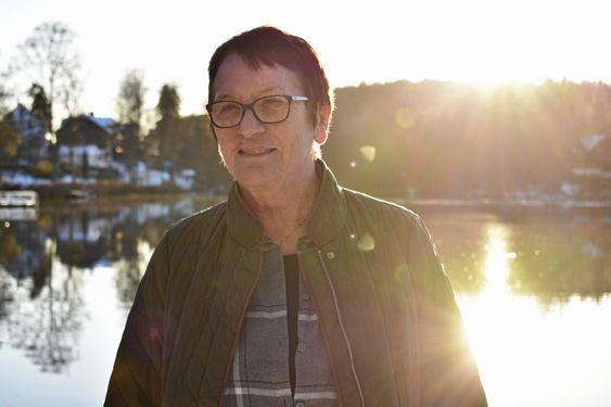 15 ÅR: Bibbi Neergaard (70) ble nylig pensjonist, og la dermed 15 år som leder av Frivilligsentralen bak seg.