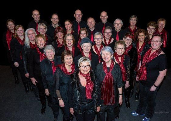 GOSPELGLEDE: Dette er Oppegårds eget gospelkor; GREGOS! De har som formål å glede og inspirere seg selv og andre med sin sang, skriver de på nettsiden sin.
