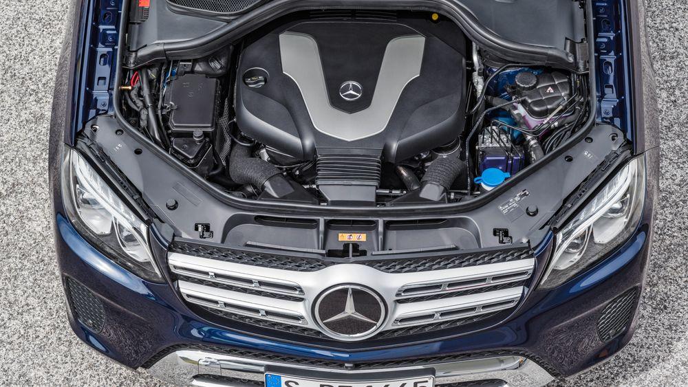 Mercedes-Benz dieselmotor.