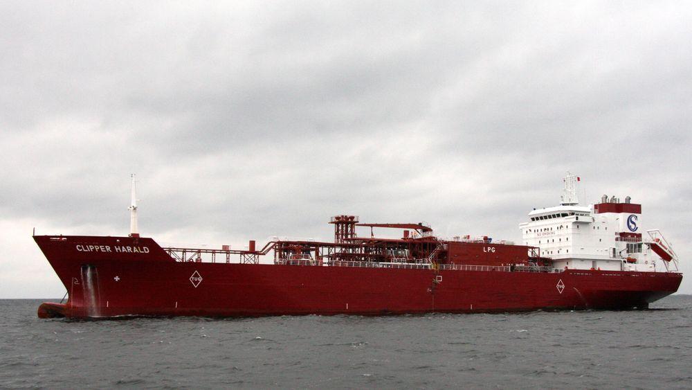 Clipper Harald er 146 meter lang og frakter 12.6000 kubikkmeter etylen, kjølt ned til -104 grader.