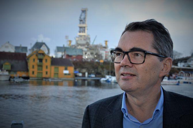Hydros konsernsjef Svein Richard Brandtzæg er optimist på vegne av Hydro Karmøy.