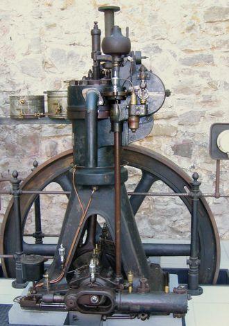 1892: Rudolf Diesel tar patent på dieselmotoren.