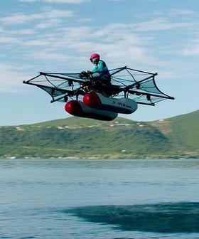 VANNSPORT: Kitty Hawk Flyer må flys over vann utenfor tettbebygde strøk.