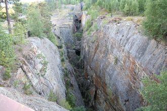 Dagbrudd på Skuterudsåsen i Nordgruvene tilknyttet Blaafarveværket i Modum.