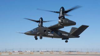Her flyr det som kan bli USAs nye militærhelikopter for første gang