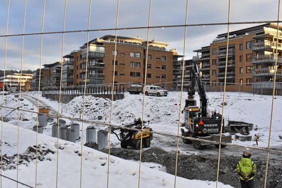 UTBYGGING: Her kommer 72 leiligheter til eldre om litt over et år. Bygges av AF Nybygg, tegnes av Tegn_3. Prosjektkontoret i Oppegård kommune.
