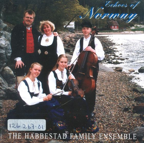 FAMILIEENSEMBLE: The Habbestad Ensemble ga ut tre album med familien under