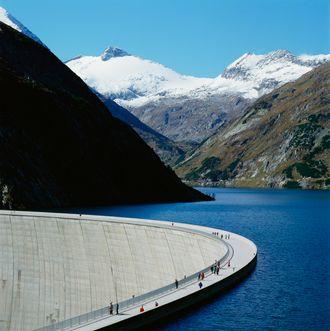 Verbunds vannkraftverk ved Kölnbrein-dammen i Østerrike.