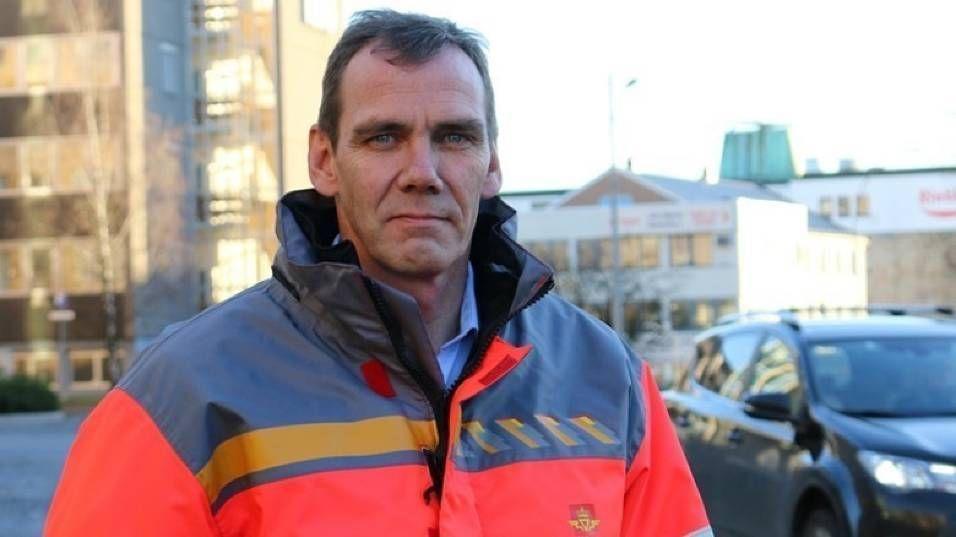 SER PÅ STATISTIKKEN: Avdelingsdirektør Nils Audun Karbø i Statens vegvesen, veiavdeling Akershus.