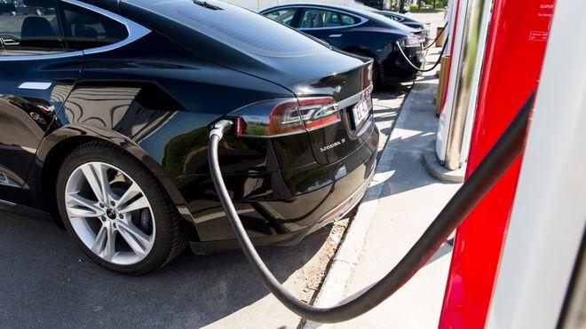 Mer enn doblede inntekter for Tesla i Norge