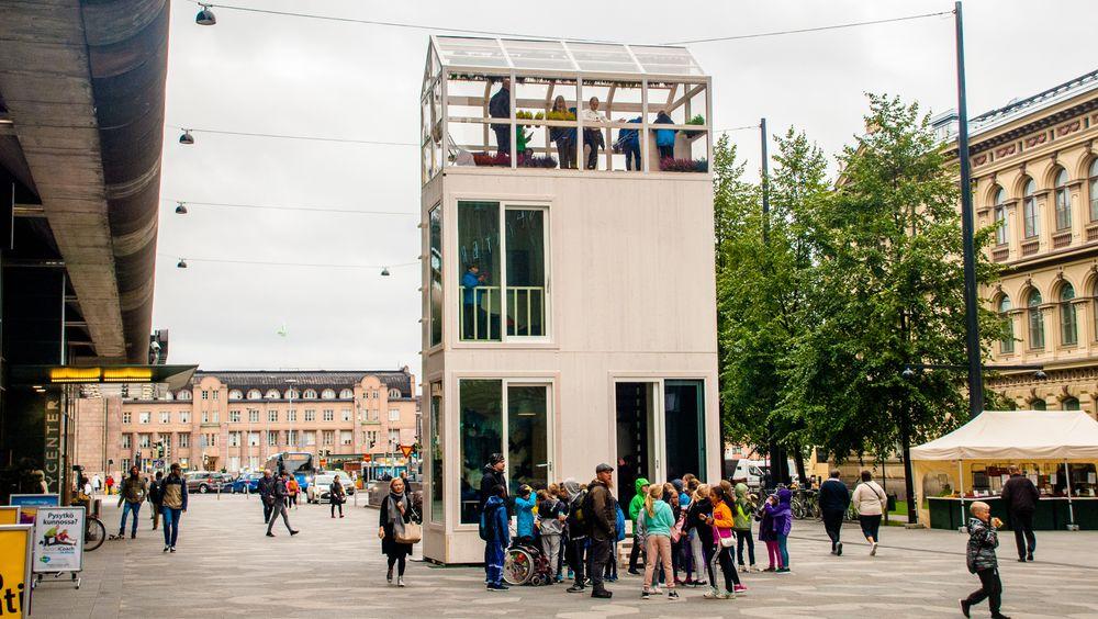 Tikku-prototypen som ble reist i Helsingfors tidligere i vinter består av tre moduler som stables oppå hverandre. Bygningen blir da rundt 9,5 meter høy.