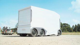 NETT: 7 meter lange T-pod er mer som en stor varebil å regne enn en lastebil, men kan ta over dobbelt så mange paller som en stor Mercedes Sprinter.