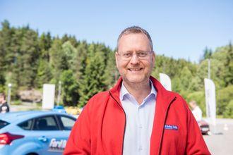 Adm. direktør i Ford Motor Norge, Per Gunnar Berg, ønsker å bidra til at færre unge omkommer eller skades i trafikkulykker.