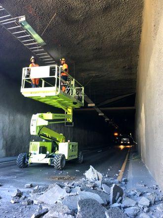 Arbeidene med å kartlegge skadeomfang og årsak pågår i Brynstunnelen 30. juni.