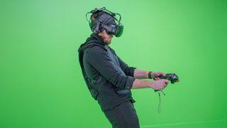 Vi fikk prøve HTCs nye VR-briller for profesjonelle utviklere og brukere