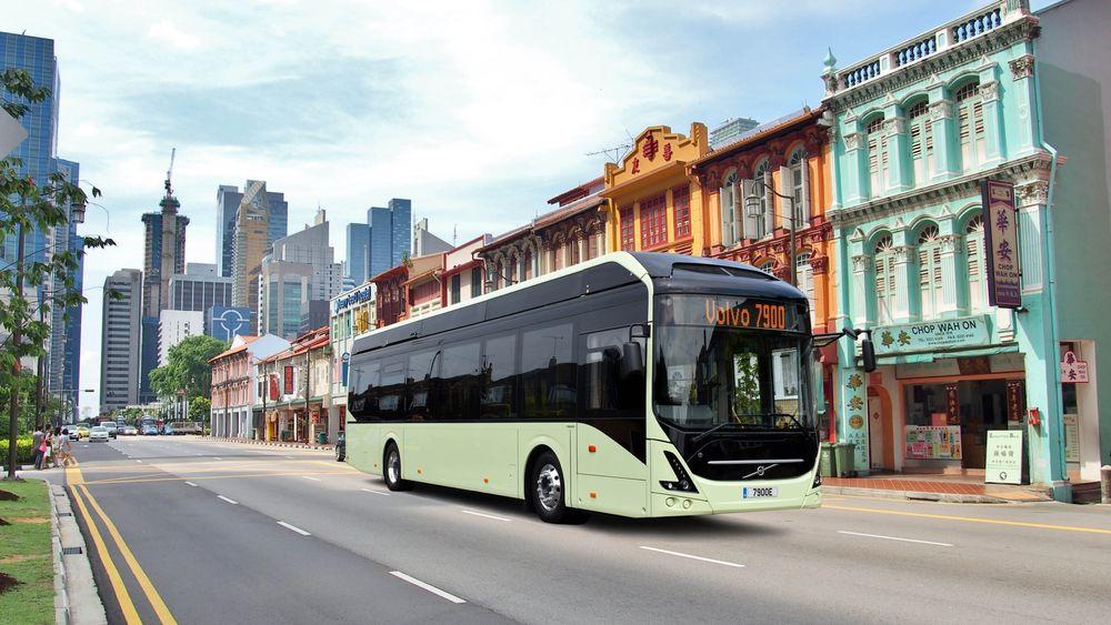 Her i Singapore skal Volvo Bussar teste autonome versjoner av den nye batteribussen 7900 electric.