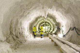 En strekning av tunnelen måtte fryses med en saltløsning på -40 grader for at drivingen skulle kunne gjennomføres.