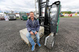 Olav Lauvdal i Magnojack importerer Terberg Kinglifter til Norge. Han kjørte demo på Transportmessa.