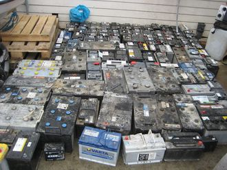 De 188 bilbatteriene har en samlet vekt på rundt tre tonn.