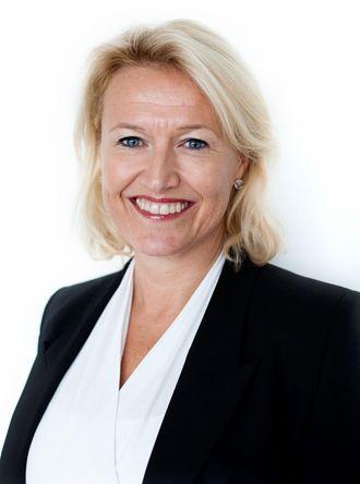 Ingrid Tjøsvold sier at Mesta ønsker å bedre konkurranseevnen, og at lønn- og regnskapsoppgaver derfor outsources.