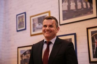Steffen Raschig, sjef for kommersielle kjøretøy hos Opel, er glad Movano gikk til topps i Dekras undersøkelse.