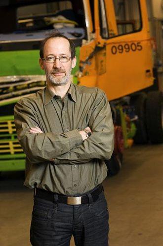 Carl Johan Almqvist er trafikk- og produktsikkerhetsansvarlig hos Volvo Trucks.
