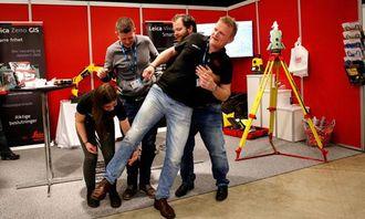 40 ÅR: Scanlaser-kollegaene organiserer seg for å utføre