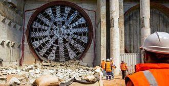 I slutten av september var det gjennomslag for den første av de to parallelle tunnelene. Nå er Alice i gang med tunnel nummer to.