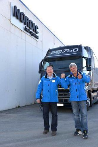 Arild W. Johansen og Audun Røsten fra Volvo Norge har overtatt etter Torstein Magelssen som har vært leder for den største delen av Volvo Norges karavane.