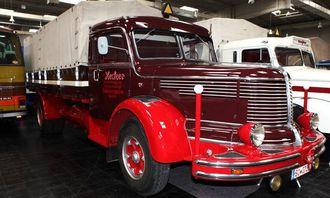 Krupp Titan SWL 80 kjøpt i 1952. Krupp-motor på 210 hk. Topphastighet 80 km/t.