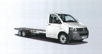 Dette Transporter-chassiset er spesialbygd av Al-KO. Tandemaksler med 13-tommers hjul gir en totalvekt på inntil 4,6 tonn. Man kan velge mellom bakaksler med skruefjæring eller luftavfjæring. Med en akselavstand på 3500 mm kan chassiset påbygges plan, skap eller andre påbygg med lengde inntil 4725 mm.