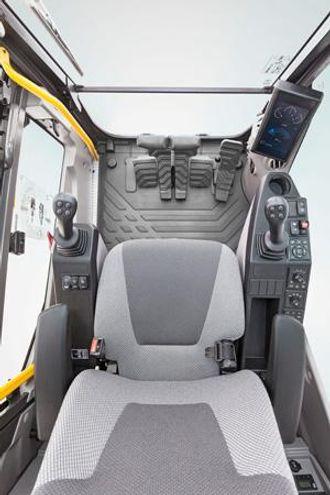 EC380E er konstruert for enkel og lett betjening.