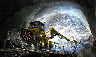 Atlas Copco-riggen i arbeid på Storberget-tunnelen som blir ca. 4,6 km.