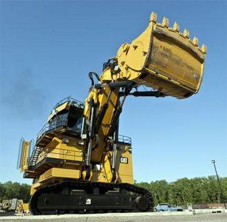 Med opp til 65 kubikkmeter i skuffa er kjempegraveren en effektiv maskin.