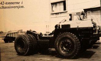 42-tonnerne i chassisversjon.