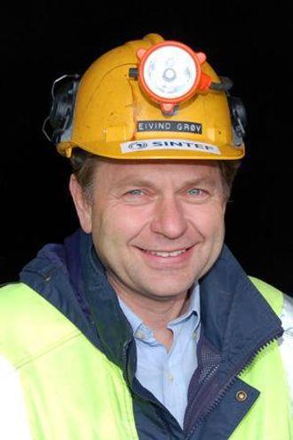 Eivind Grøv, professor II ved NTNU i Trondheim, leder Fast-Tunn-prosjektet som har en ramme på 30 mill. kroner.