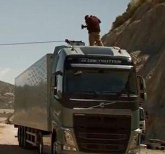 Et glimt av nye Volvo FH, fra en reklamefilm på Youtube. Skjermdump: Youtube.